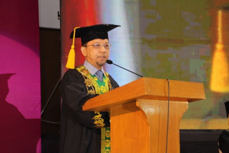 Sambutan Ketua Yayasan Bina Tsaqofah Pada Wisuda Ke-14 STEI SEBI